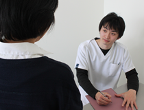 骨盤のゆがみは早めの対処が必要です。阿南・小松島坂口鍼灸整骨院・整体院にご相談下さい。