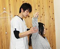 阿南坂口鍼灸整骨院・整体院の猫背の楽トレ02